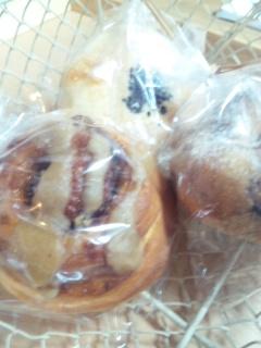 隣のパン屋さん